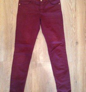 Бордовые джинсы Massimo Dutti