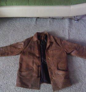 Куртка мужская кожаная б/у