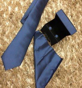 Комплект новый галстук/запонки/платок