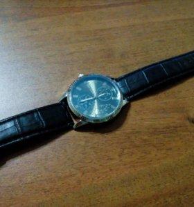 """часы """"SWISS ARMY"""""""