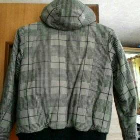 Куртка на синтепоне, на подростка.