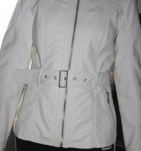 Куртка эко кожа, состояние идеальное