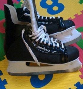 Коньки хоккейные Montreal р. 47
