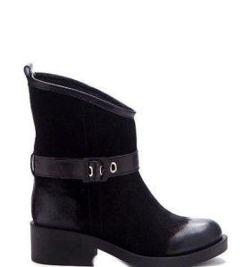 Зимние ботинки новые!!!