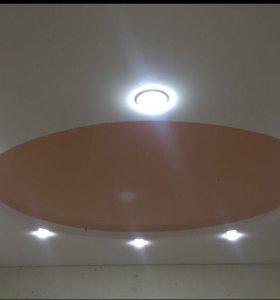 Второй уровень натяжного потолка, круг.