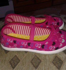 Новые кеды туфельки для девочки 29 размер