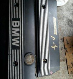 Декоративная крышка мотора BMW E30 E60 M54