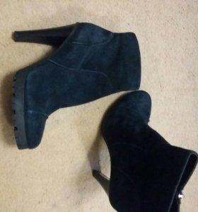 Ботинки женские,замшевые