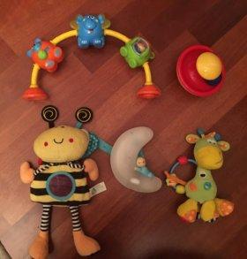 дуга на столик, ночник,юла, игрушки ослик и пчелка