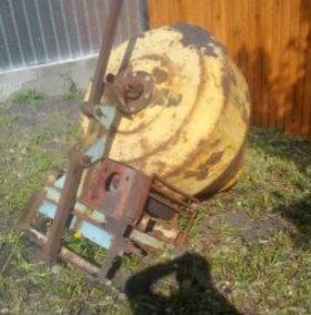 Бетономешалка на трактор.