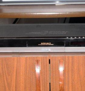 DVD-рекордер LG HDR688X с жестким диском