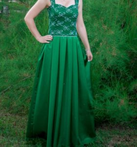 Продаю вечернее (выпускное) платье