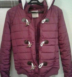 Куртка женская (демисезонная). Размер 46.