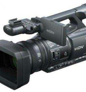 Видеокамера SONY HDR FX-1000E