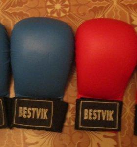 Накладки, перчатки для карате bestvik