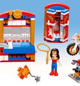 Новый.  Лего Супергерлз. Оригинальный.