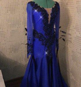 Платье для бальных танцев. Стандарт (St)
