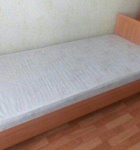 Кровать полуторка. С матрасом