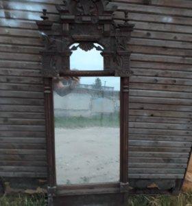Зеркало в деревянном окладе, старинное.