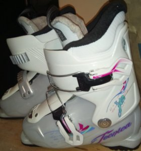 Горнолыжные ботинки детские на 5-8 лет 20 размер