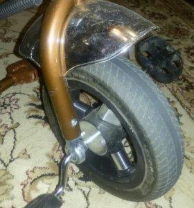 Трехколесный велосипед -трость
