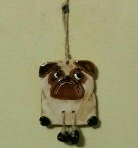 Собачка мопс