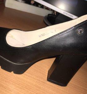 Туфли чёрные женские 10 см каблук