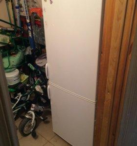 Холодильник Polar