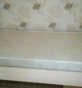 Кровать полуторка+матрас