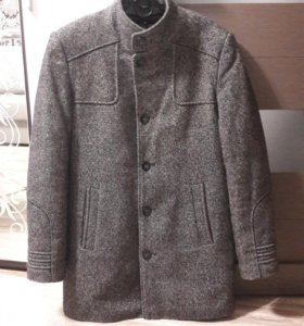 Мужское зимнее пальто б/у 52 р