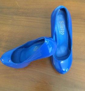Туфли новые 35 размера