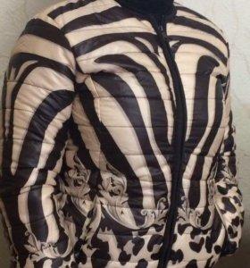Куртка женская Р.50 очень лёгкая