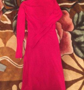 Трикотажное платье Naf Naf