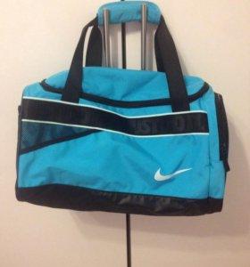 Nike сумка спортивная