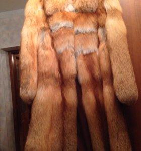 Шуба из шкуры лисы