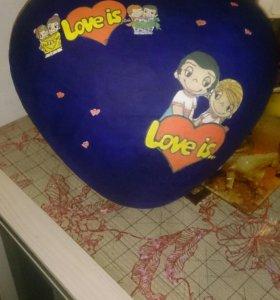 На заказ.Сердце Love is!внутри вкусняшки