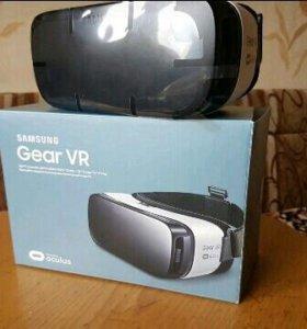 Вертуальные очки Samsung Gear VR