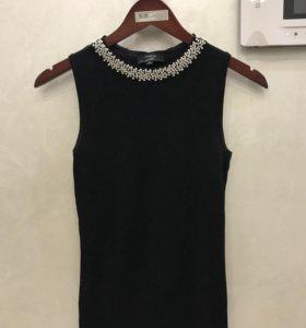 Кофта черная с бусами блузка
