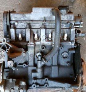 Двигатель 21010