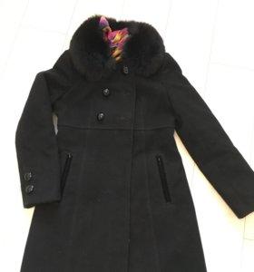 Тёплое стильное зимнее пальто