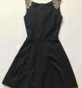 Чёрное платье XS