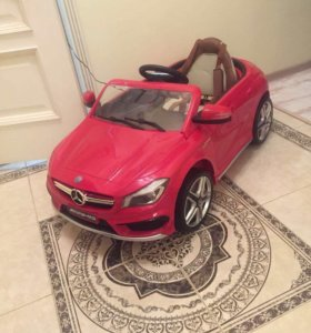 Электромобиль Mercedes Benz CLA