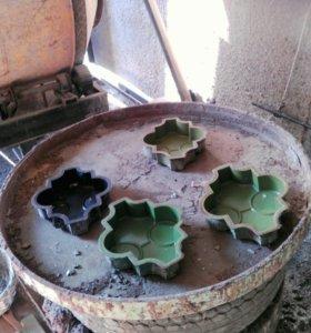 Вибростол для производства брусчатки с формовочкам