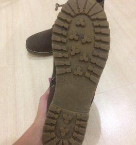 Продам ботинки!