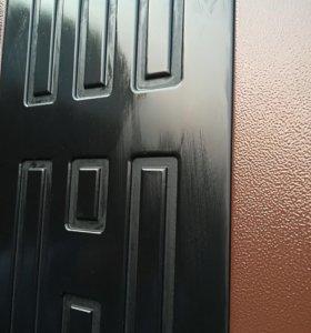Металлическая дверь б/у 97*206 Правая