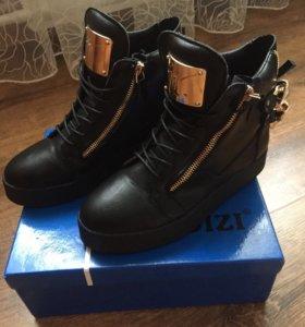 Продам ботинки, размер 38 (маломерки)