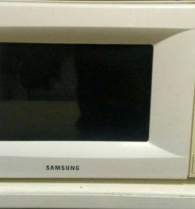 Микроволновая печь (свч) Samsung M1712NR
