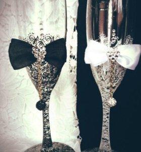 Оформление свадебных бокалов , наборов
