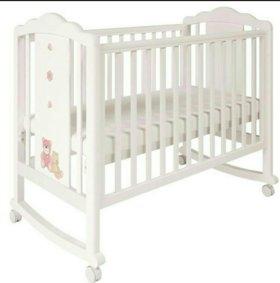 Кроватка детская с матрасом комплектом белья
