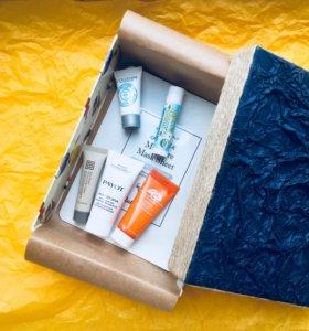 Набор миниатюр кремов для лица в подарочн.упаковке